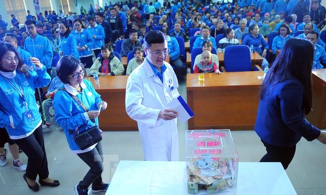 Đại biểu thanh niên mang nụ cười đến viện K Tân Triều ảnh 12