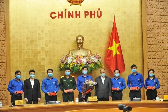 Thủ tướng gặp mặt các Gương mặt trẻ Việt Nam tiêu biểu năm 2019 ảnh 3