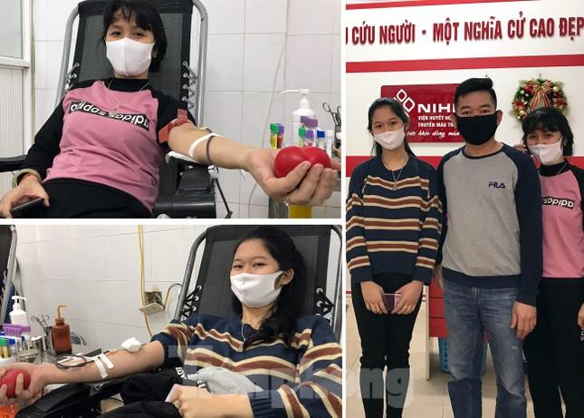 Gia đình hiến máu mừng sinh nhật trong bão dịch COVID-19 ảnh 6