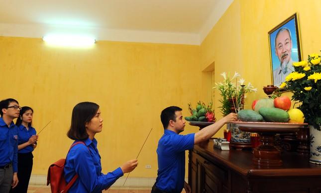 Tuổi trẻ T.Ư Đoàn thăm nơi Chủ tịch Hồ Chí Minh viết Tuyên ngôn Độc lập ảnh 4