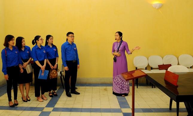 Tuổi trẻ T.Ư Đoàn thăm nơi Chủ tịch Hồ Chí Minh viết Tuyên ngôn Độc lập ảnh 1