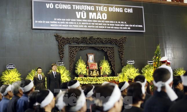 Lãnh đạo Đảng, Nhà nước ghi sổ tang viếng đồng chí Vũ Mão ảnh 1