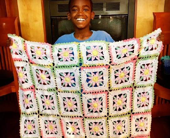 12 tuổi kiếm hàng nghìn đô la từ đan len ảnh 1