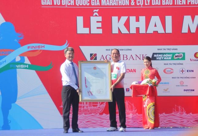 Tiền Phong Marathon vươn tầm thành một sự kiện lớn về biển đảo ảnh 9