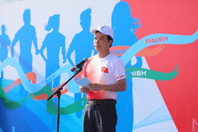 Tiền Phong Marathon vươn tầm thành một sự kiện lớn về biển đảo ảnh 3