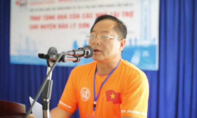 Cờ Tổ quốc, tủ thuốc y tế đến tay ngư dân Lý Sơn ảnh 4