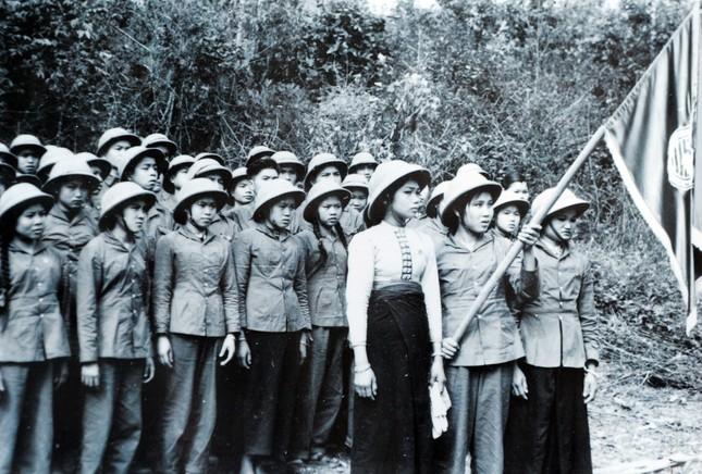 Những 'bóng hồng' thanh niên xung phong xây dựng và bảo vệ Tổ quốc ảnh 5
