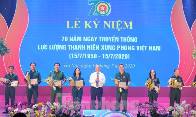 Trong những dấu mốc lịch sử Việt Nam đều có Lực lượng TNXP ảnh 13