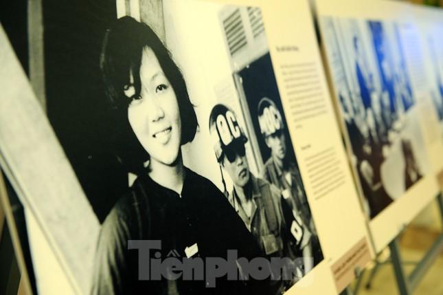 Khoảnh khắc phụ nữ Việt Nam từ 'bông hồng thép' đến 'cô gái vàng' ảnh 4