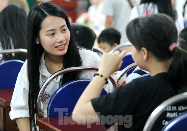 Ban tổ chức Hoa hậu Việt Nam thăm, tặng quà Trung tâm bảo trợ trẻ em Vũng Tàu ảnh 8