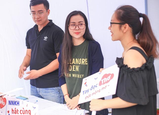 Giới trẻ Hà thành mở hội chợ khám phá sở thích ảnh 2