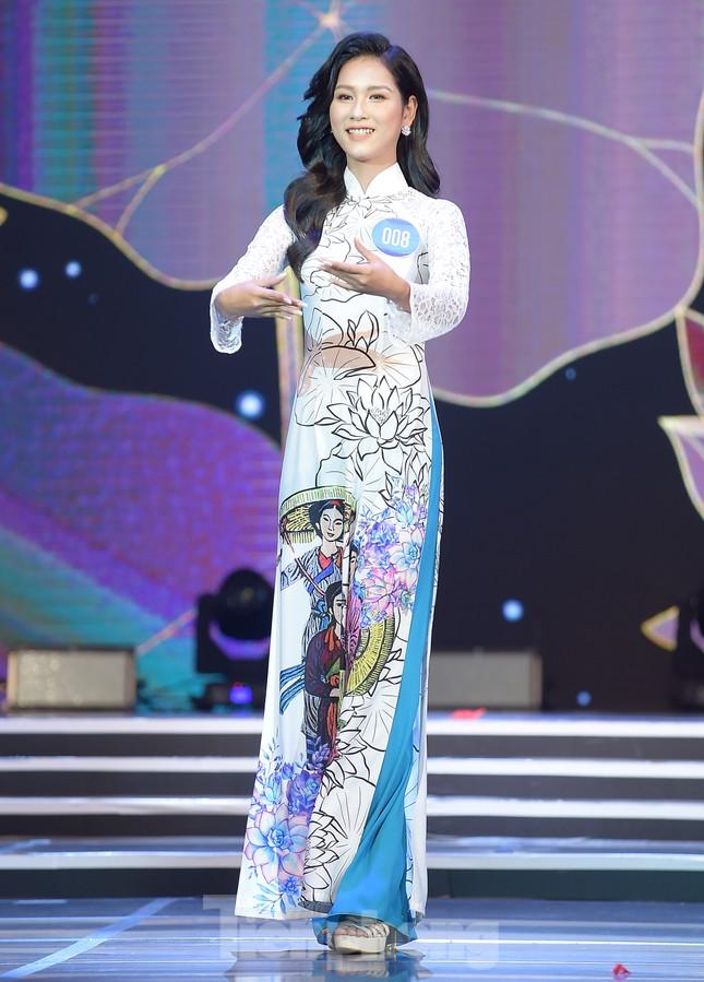 Nữ sinh ĐH Nam Cần Thơ Lê Thị Tường Vy đăng quang Hoa khôi Sinh viên Việt Nam 2020 ảnh 9
