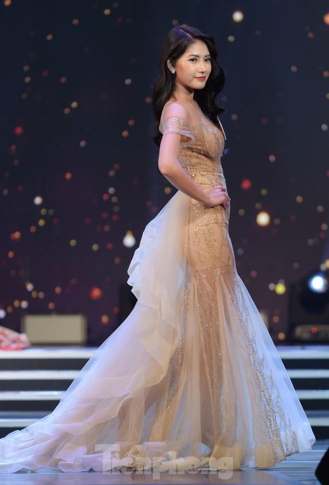 Nữ sinh ĐH Nam Cần Thơ Lê Thị Tường Vy đăng quang Hoa khôi Sinh viên Việt Nam 2020 ảnh 12