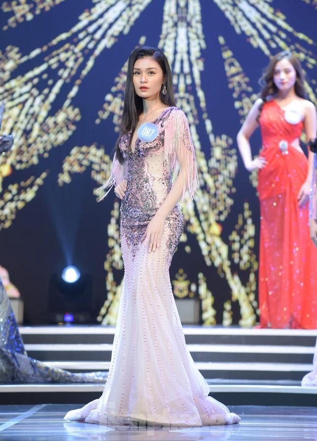 Nữ sinh ĐH Nam Cần Thơ Lê Thị Tường Vy đăng quang Hoa khôi Sinh viên Việt Nam 2020 ảnh 14