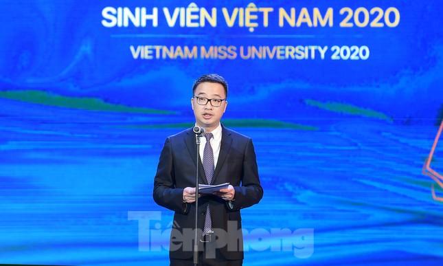 Nữ sinh ĐH Nam Cần Thơ Lê Thị Tường Vy đăng quang Hoa khôi Sinh viên Việt Nam 2020 ảnh 2
