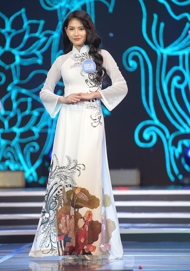 Nữ sinh ĐH Nam Cần Thơ Lê Thị Tường Vy đăng quang Hoa khôi Sinh viên Việt Nam 2020 ảnh 5