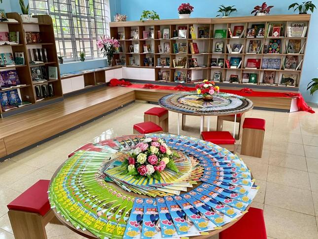 Thư viện sáng tạo gieo niềm vui, thắp tri thức cho học sinh miền núi ảnh 1