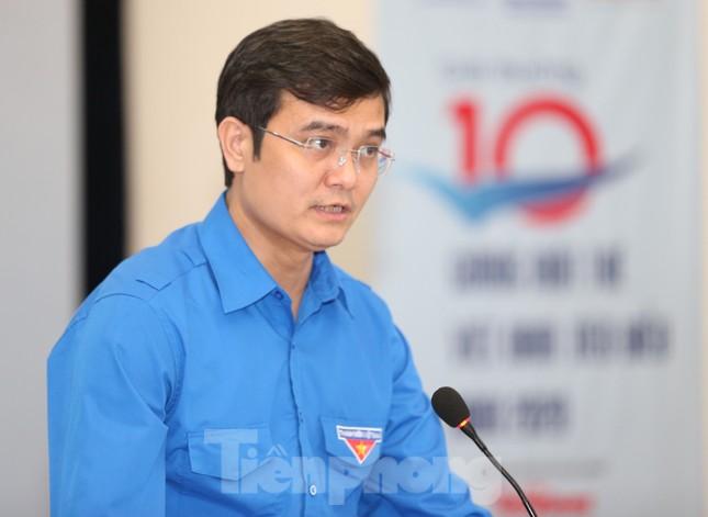 Bình chọn trực tuyến 20 đề cử Gương mặt trẻ Việt Nam tiêu biểu năm 2020 ảnh 4