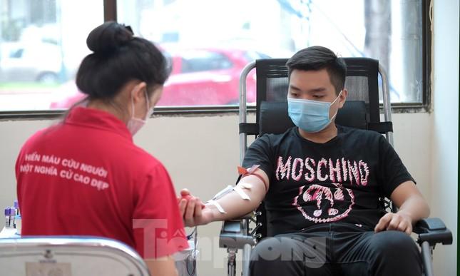 Sôi nổi Ngày hội Thanh niên tình nguyện hiến máu 2021 ảnh 5