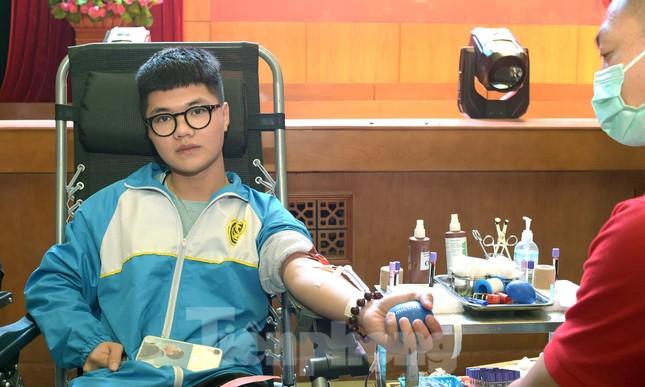 Sôi nổi Ngày hội Thanh niên tình nguyện hiến máu 2021 ảnh 8