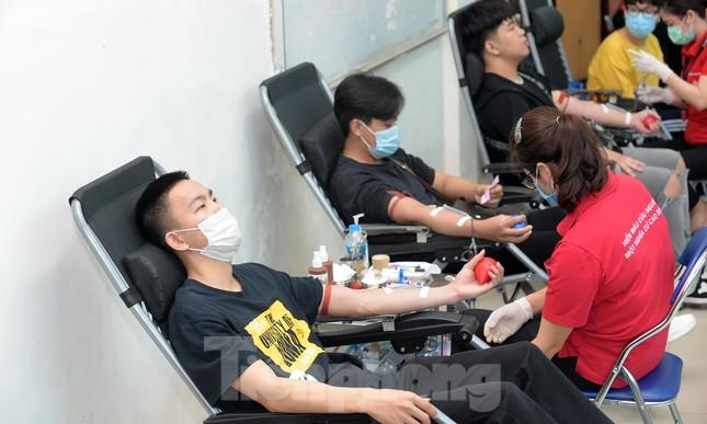Sôi nổi Ngày hội Thanh niên tình nguyện hiến máu 2021 ảnh 11