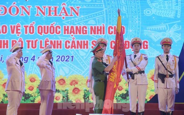 Tuổi trẻ Cảnh sát cơ động vinh dự đón nhận Huân chương Bảo vệ Tổ quốc ảnh 5