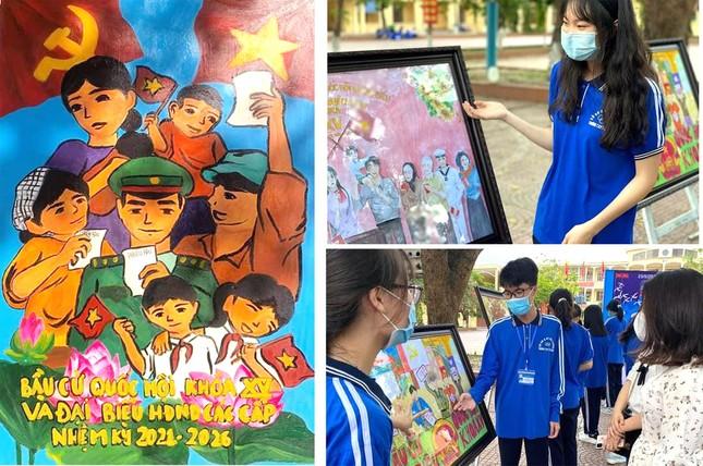 Giới trẻ thành phố Cảng vẽ tranh cổ động, tuyên truyền bầu cử ảnh 3