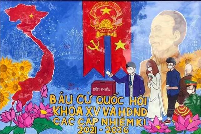 Giới trẻ thành phố Cảng vẽ tranh cổ động, tuyên truyền bầu cử ảnh 2