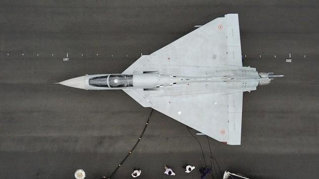 Chê Su-57 Nga, Ấn Độ tập trung tiêm kích trong nước, tưởng rẻ mà quá đắt ảnh 1