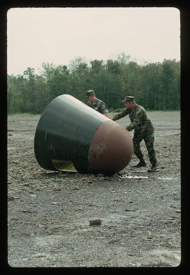Bang Arkansas của Mỹ suýt bị thổi bay bởi một vụ nổ tên lửa ảnh 2
