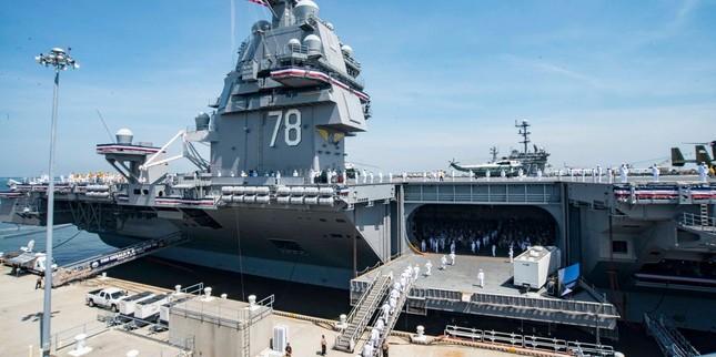 Thăm nhà bếp trên tàu sân bay Ford của hải quân Mỹ ảnh 1