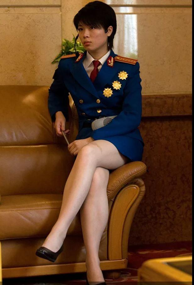 Bộ ảnh 'người đẹp trong quân đội' ở nhiều quốc gia ảnh 13