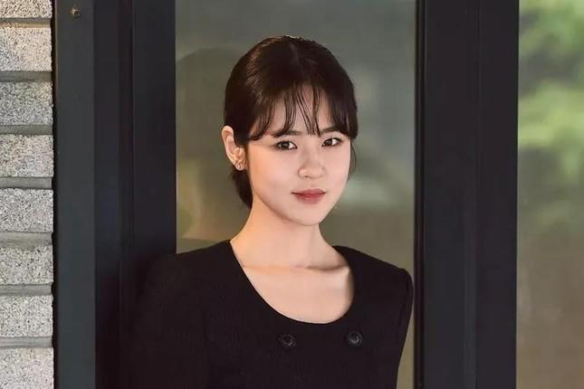 """""""Mỹ nhân đình đám của Thế giới hôn nhân"""" Shim Eun Woo bị cư dân mạng Hàn Quốc tố """"hai mặt"""" ảnh 5"""