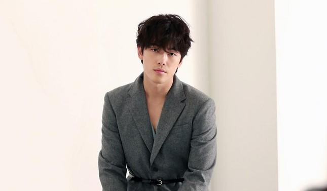 Kim Jung Hyun vẫn về chung nhà với Seo Ji Hyun dù công ty quản lý tố 'ăn cháo đá bát' ảnh 3