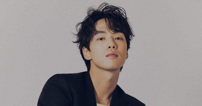 Kim Jung Hyun vẫn về chung nhà với Seo Ji Hyun dù công ty quản lý tố 'ăn cháo đá bát' ảnh 5