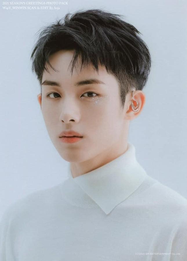 'Thầy Đổng' Winwin khiến fan đứng hình trước vẻ đẹp đam mỹ không tỳ vết qua vai diễn debut ảnh 7