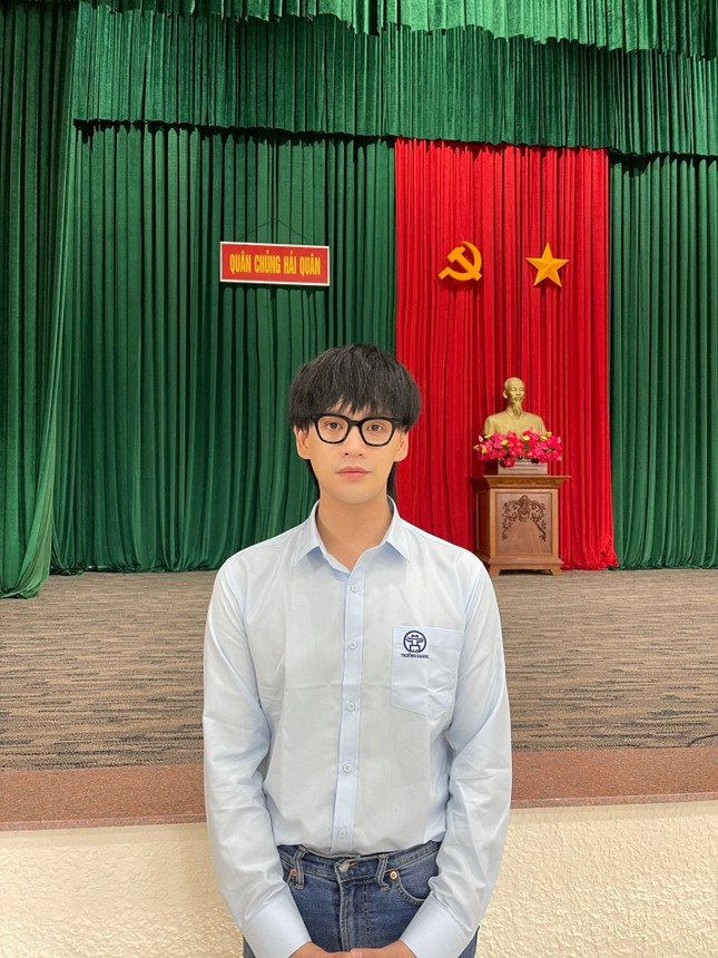Nguyễn Trần Trung Quân: 'Hãy yêu nước bằng hành động, dù là nhỏ bé' ảnh 3