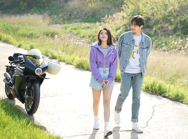 'Tỷ phú Penthous' Park Eun Seok công khai yêu 'Diva Hàn Quốc' Ailee ảnh 4