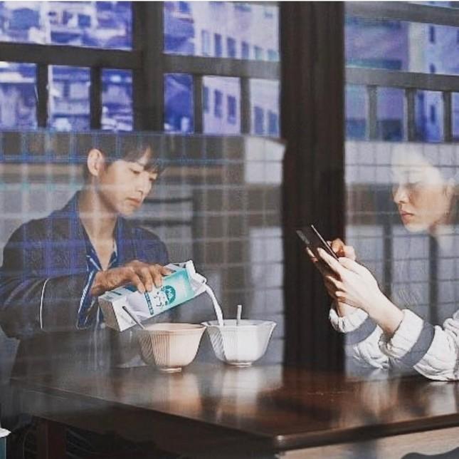 Song Joong Ki và 'Vincenzo' đứng đầu BXH 3 tuần liên tiếp, tiết lộ đám cưới cuối phim ảnh 12