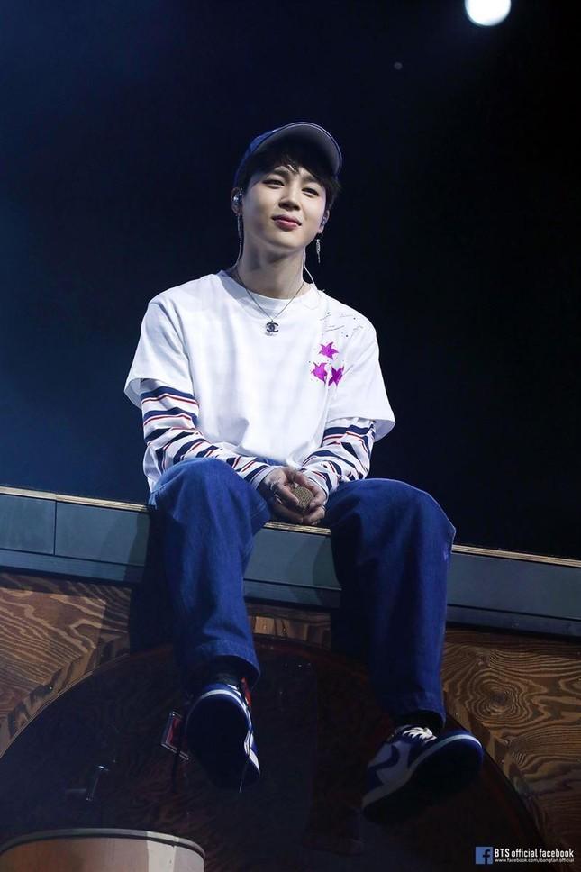 Chưa chính thức ra mắt solo nhưng Jimin đã vượt qua cả K-pop lẫn các thành viên BTS khác ảnh 7