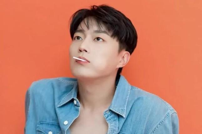 'Mỹ nam thực thần' Yoon Doo Joon năm nào khiến fangirls loạn nhịp đã quay trở lại ảnh 5