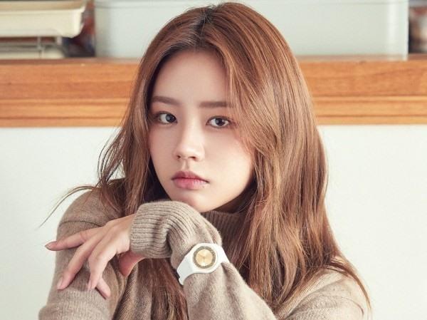 """""""Em trai quốc dân"""" Yoo Seung Ho vừa tái xuất đã có tin đồn với Hyeri (Girl's Day) ảnh 7"""