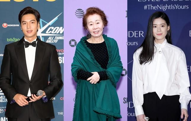 Những hình ảnh mới nhất của Lee Min Ho trong Pachinko, khiến fans 'rụng tim' ảnh 11