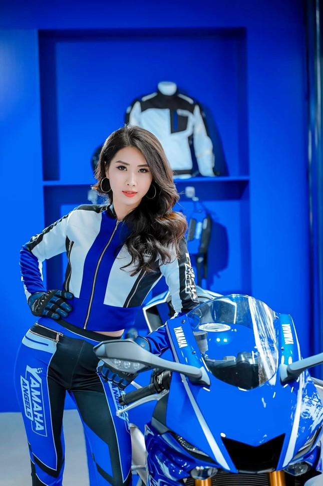Nữ sinh ĐH Công đoàn sở hữu vòng eo khiến người mẫu chuyên nghiệp cũng phải phát hờn ảnh 7