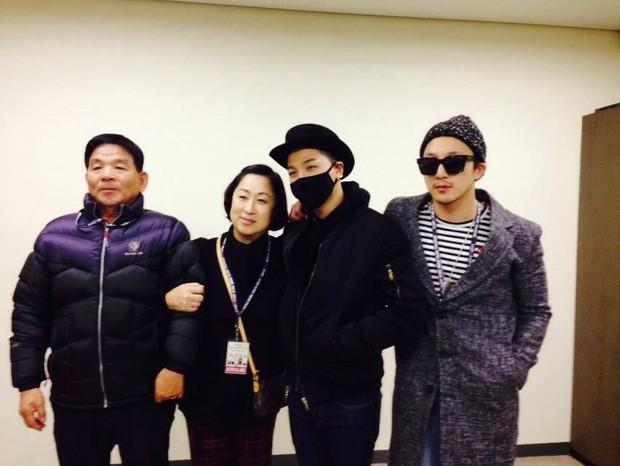 4 idol quyết thành sao vì gia đình quá khổ: Dara phải chụp ảnh nóng, Sunmi hối hận vì không trả lời lúc bố mất - Ảnh 6.