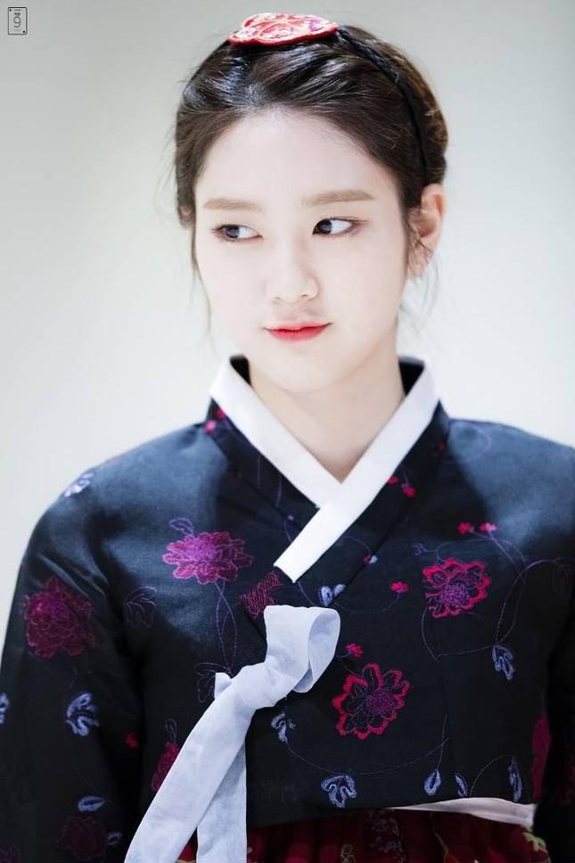 """Lộ diện hình ảnh con gái út 17 tuổi của Lý Liên Kiệt """"đốt mắt"""" netizen với body """"cực phẩm"""" ảnh 13"""