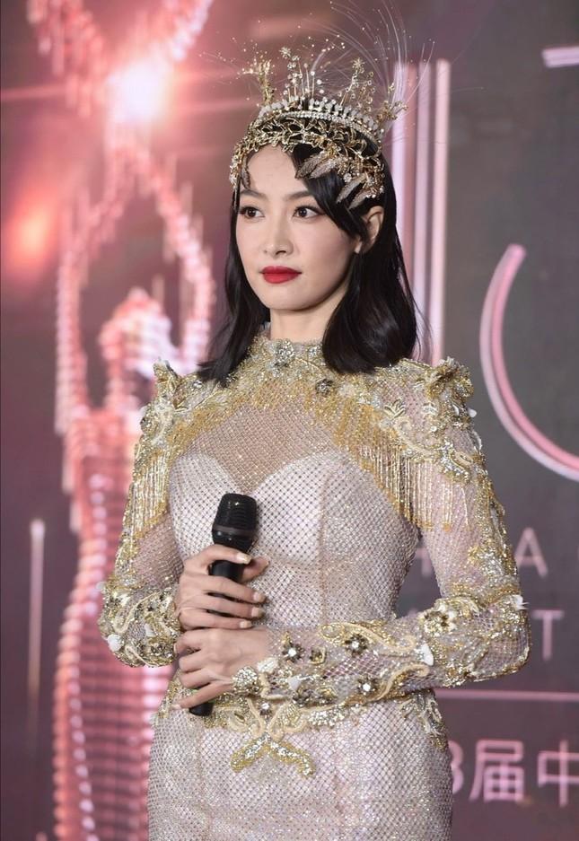 """Tại sao """"Nữ thần Kim Ưng"""" vẫn bị khán giả """"đặt lên bàn cân"""", dù lễ trao giải đã qua? ảnh 14"""