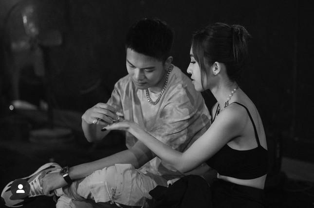 """Câu chuyện """"đi tìm tình yêu"""" của cặp đôi bí ẩn nhất giới underground Việt ảnh 15"""