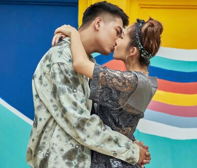 """Câu chuyện """"đi tìm tình yêu"""" của cặp đôi bí ẩn nhất giới underground Việt ảnh 12"""