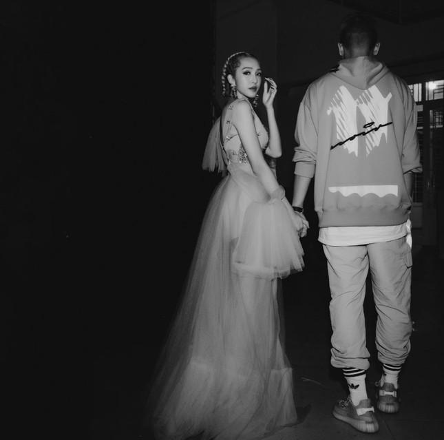 """Câu chuyện """"đi tìm tình yêu"""" của cặp đôi bí ẩn nhất giới underground Việt ảnh 14"""
